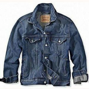 Levi S Men S Standard Fit Trucker Denim Jacket 70797