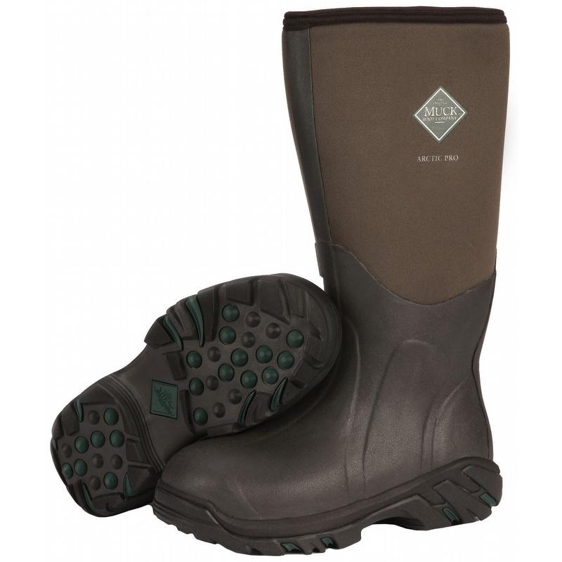 Muck Boot Company designs footwear which can withstand the toughest of weather conditions and still keep your feet warm and dry. The footwear brand uses Neoprene shells and xpress cool material which makes the shoe lightweight, waterproof, and provide antimicrobial properties.